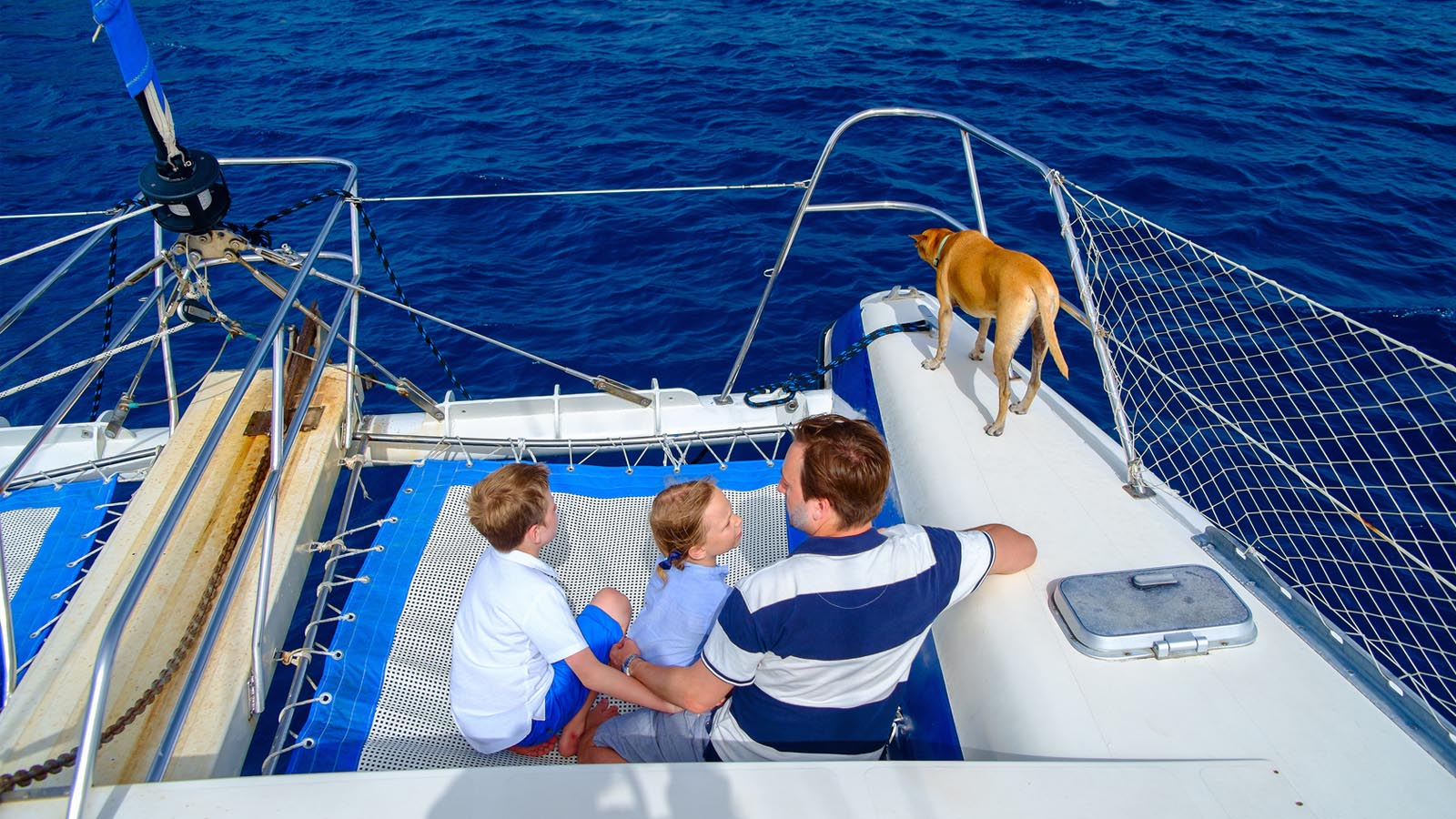 Children and Pets Sailing