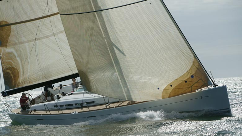 Monohull sailing yacht charter sailing in Portugal